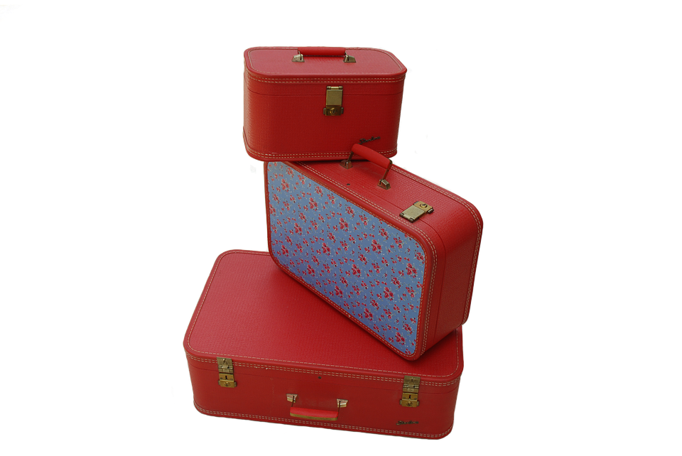 Imballaggio valigie in aeroporto